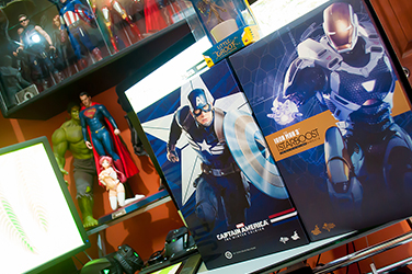 June 2015 Loot Report - Hot Toys Captain America (Strike Suit) & Iron Man (Starboost) (9)