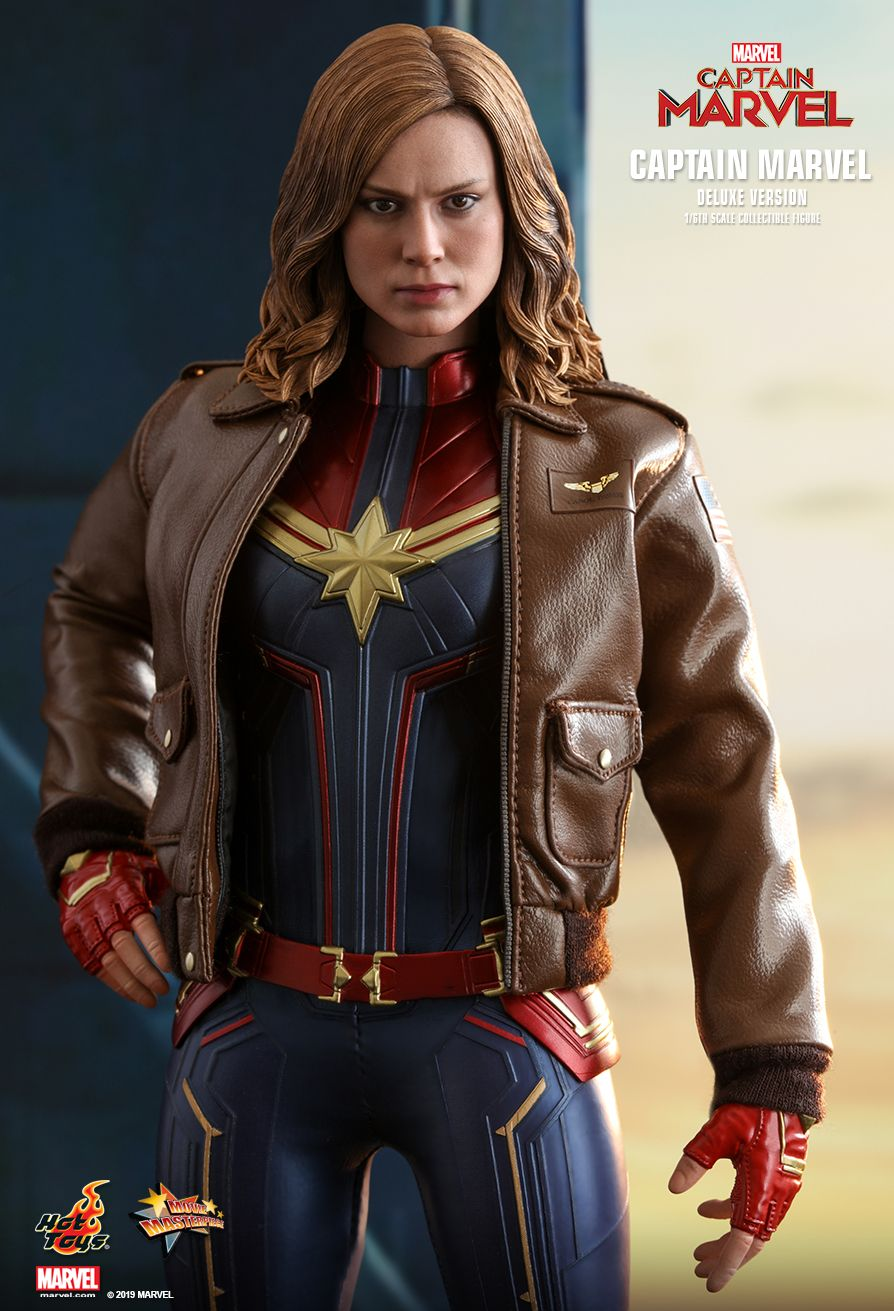 Hot Toys 1/6 Captain Marvel 5