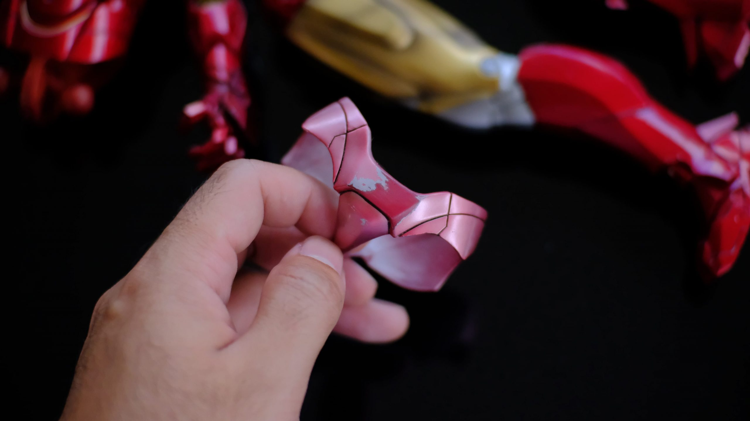 How to fix HT's Iron Man pink panty issue 5