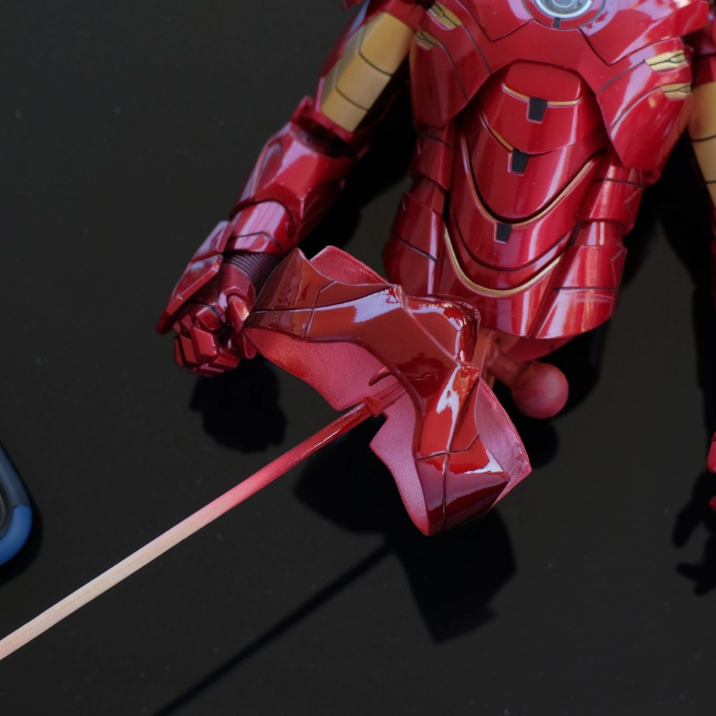 How to fix HT's Iron Man pink panty issue 22